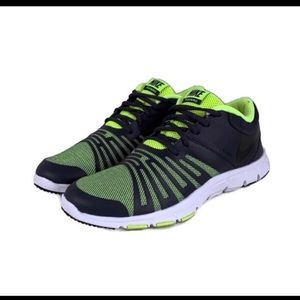Nike Revolutions 3W (Dary Grey/White/Neon Green)
